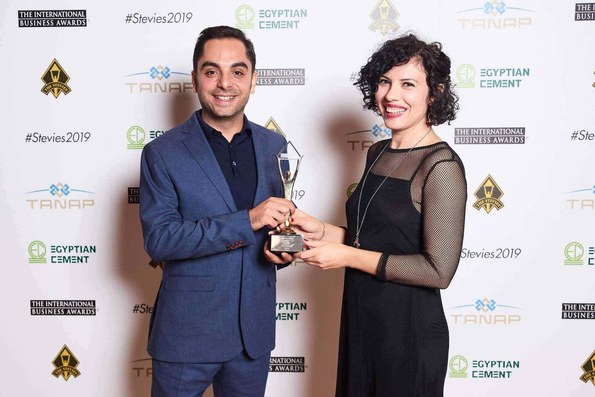 borusan turuncu blog stevie ödülü